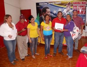 El alcalde Carlos Puerta realizó la entrega de certificados de aprobación de recursos a consejos comunales de Páez.