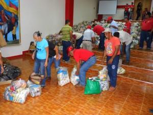 Personal de la Dirección de Servicios Públicos realizó sus compras en el operativo Mercal Obrero.