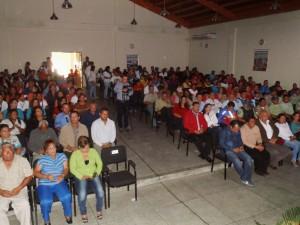 Gran Público asistió al acto de memoria y cuenta del alcalde Carlos Puerta.